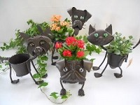 Adorable Dog & Cat Planters